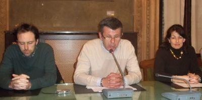 Un momento della Conferenza stampa. Da sinistra Abonante (Pd) Bianchi e Barrera (Lista civica Con Rita Rossa)