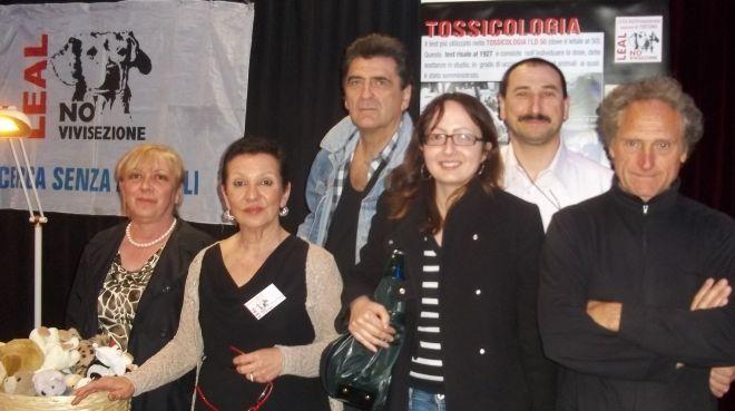 I volontari Leal con Bruno D'Andrea