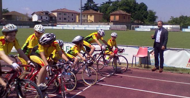 scuola di ciclismo 2014 L 218