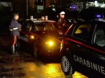 """Notte """"brava"""" di 4 giovani tortonesi e di una ragazza svizzera che aggrediscono i carabinieri. Denunciati"""