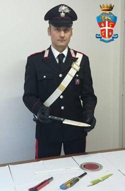 carabinieri coltello I