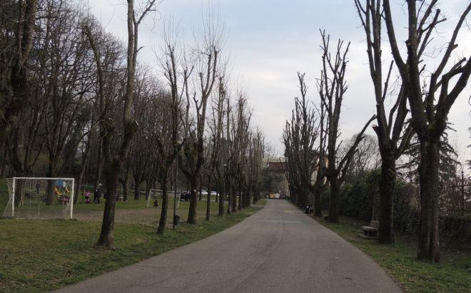 Controlli e sicurezza: a Tortona oltre le cacche dei cani c'è anche il Parco del Castello