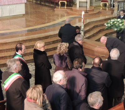 Tafuri, Rossa Chiamparino Silvestri omaggiano il feretro