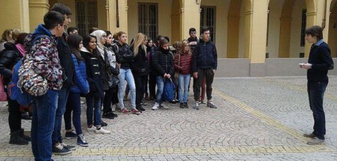 """I.I.S. """"MARCONI-CARBONE"""":  studenti  alla Giornata FAI"""