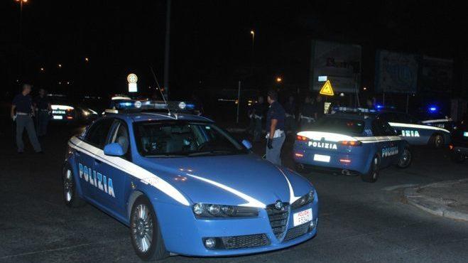 Imperia. Tunisino irregolare e con precedenti penali scortato dalla Polizia di Stato presso il CPR di Gorizia