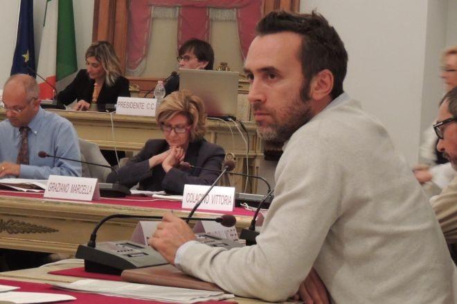 """Lunedì si riunisce il Consiglio comunale di Tortona, Marco Picchi, capogruppo del PD """"lascia"""""""