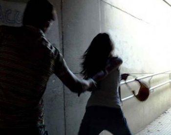 Giovane milanese aggredisce e rapina un'alessandrina in via Pascoli, arrestato