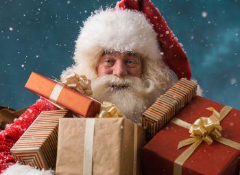 Giovedì a Vho arriva Babbo Natale con doni per tutti i bambini tortonesi