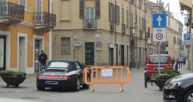 Via Emilia nord c'è il blocco del traffico