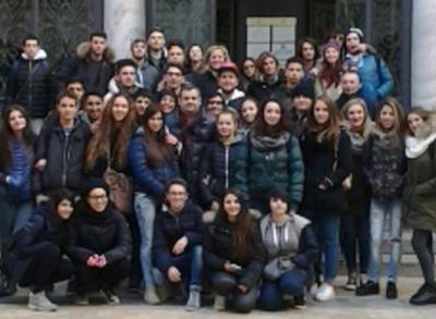 """Gli studenti tortonesi del """"Carbone"""" in visita alla Banca d'Italia di Torino"""