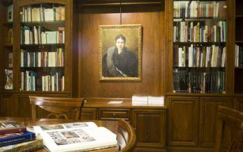 La preziosa biblioteca della Fondazione Cassa di Risparmio di Tortona