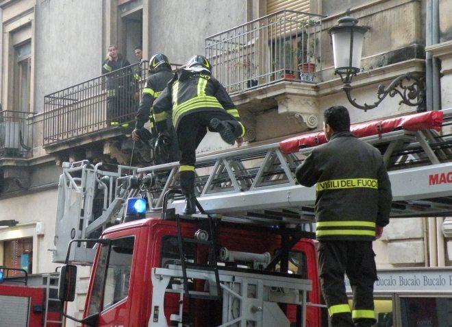 Voghera, quattro interventi dei pompieri in poche ore, fra cui un incidente stradale