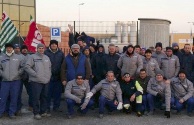 Alcuni lavoratori della Boero di Tortona