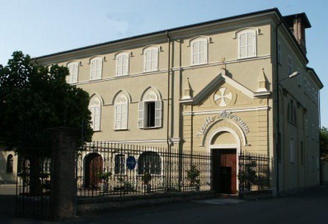Rimessa a nuovo a San Bernardino la chiesetta dedicata all'adorazione di Don Orione