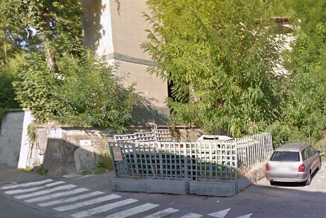 Il Comune di Tortona aggiusta la storica fontanella e il cisternone di via Galilei