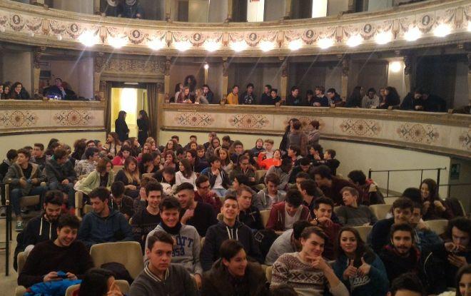 Gli studenti del Marconi a teatro contro la pena di morte