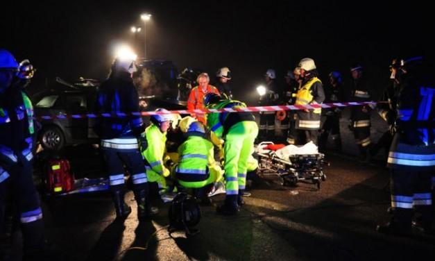 Schianto all'alba a Villalvernia, muoiono due uomini di di 44 e 62 anni, grave un terzo. Tutti i nomi