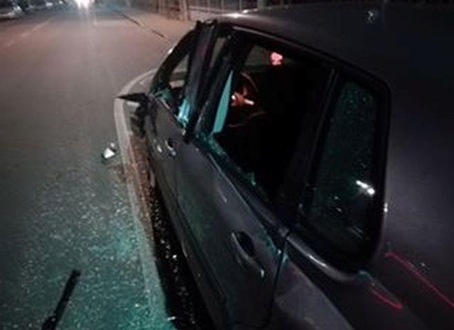 Tortona, gravemente danneggiata in pieno giorno l'auto del sindaco di Pontecurone. Incidente, atto intimidatorio o vendetta?