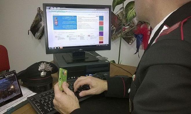 Alessandrino truffato su internet perde 427 euro