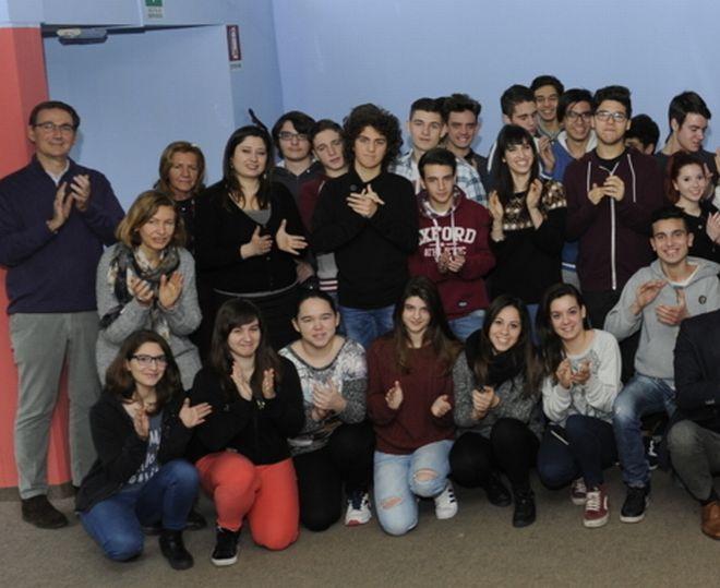 """Il Lions Club Valenza ha presentato  il  """"Progetto Martina"""" dove si parla ai giovani dei tumori"""