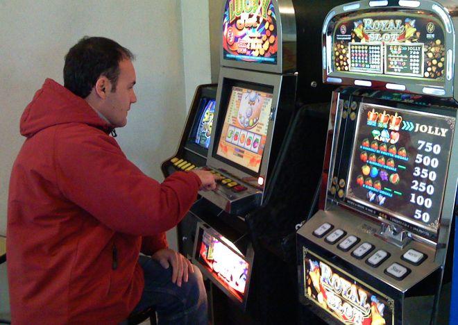 Giovedì ad Alessandria si parla di gioco d'azzardo e malattie connesse