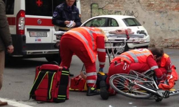 Castelnuovo Scrivia, bimbo di tre anni investito da una bicicletta e asciugatrice a fuoco in una casa