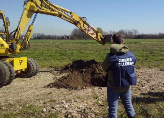 A San Giuliano scoperta dai carabinieri del Noe una discarica abusiva di rifiuti speciali
