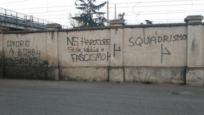Scritte di stampo fascista a Casale, l'Anpi protesta