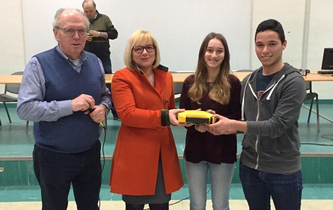 """Un defibrillatore donato al liceo """"Galilei"""" di Alessandria"""