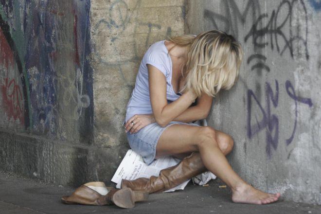 Imperia. Nel 2012 aveva violentato in strada una minorenne. Arrestato dalla Polizia di Stato