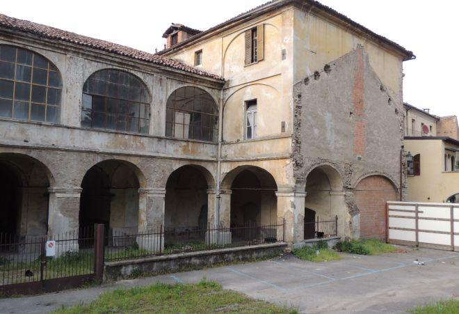 Altro allarme: anche Palazzo Leardi é abbandonato e i lavori sono sospesi