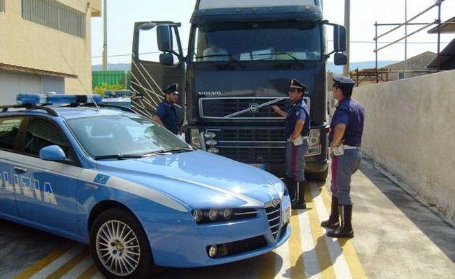 La Polizia di Alessandria intensifica i controlli contro il trasporto abusivo, già 5 nei guai