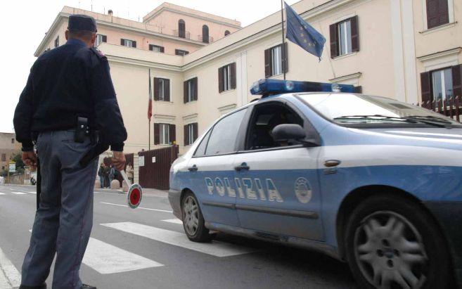 La Polizia di Ventimiglia arresta per tentato furto aggravato un cittadino pakistano catturato nella flagranza del reato