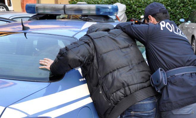 La Polizia di Sanremo arresta un rapinatore senegalese