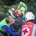 Un motociclista cade in un duro a Diano Evigno, ricoverato in ospedale