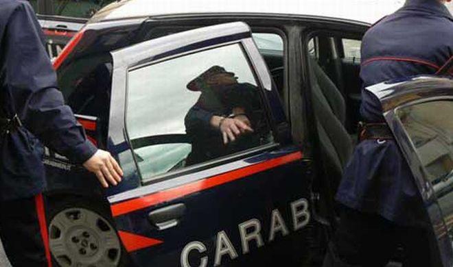 Danneggia un condominio in via Lombroso ad Alessandria, denunciato