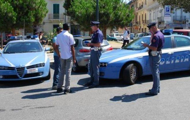 Alessandria, sfrattato dal padrone di casa lo minaccia e tenta di estorcergli 3 mila euro, arrestato