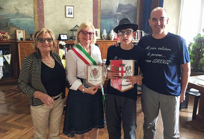 """Alessandria riceve la visita  di Lorenzo Cardone """"Ambasciatore del saluto"""""""
