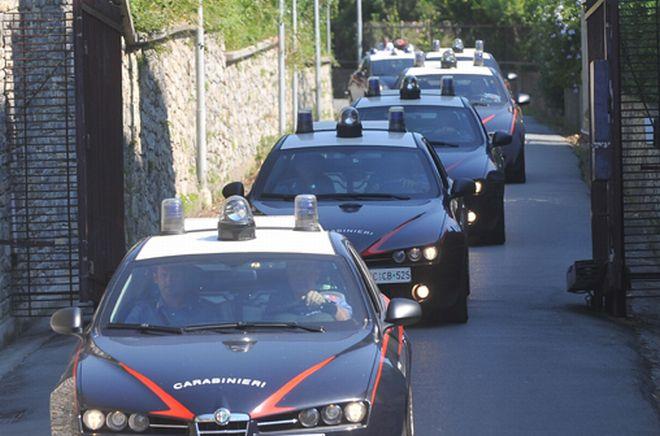 Sgominata banda che metteva a segno furti in ville e case in provincia di Pavia