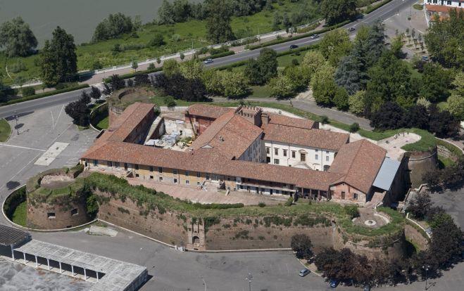 Una mostra fotografica al castello di Casale Monferrato