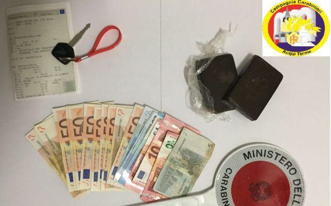 Marocchino spacciava droga, arrestato dai carabinieri di Acqui Terme