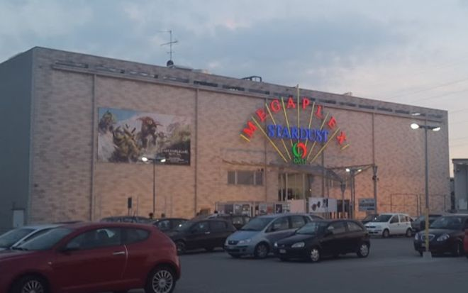 """Il bel film """"Seven Sisters"""" al Megaplex Stardust di Tortona fino al 5 dicembre a prezzo ridotto grazie al Circolo del Cinema"""