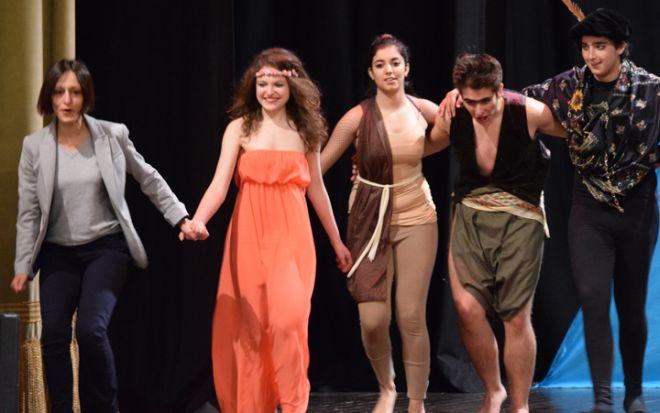 Venerdì a Vho in scena Shakespeare con i ragazzi del Liceo Peano