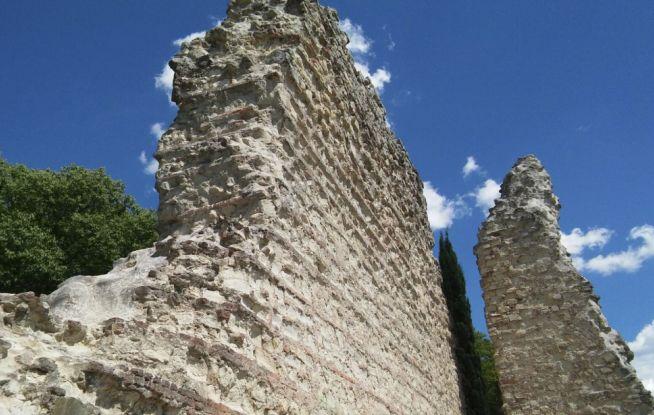Tortona, ultimato il restauro delle antiche mura della città