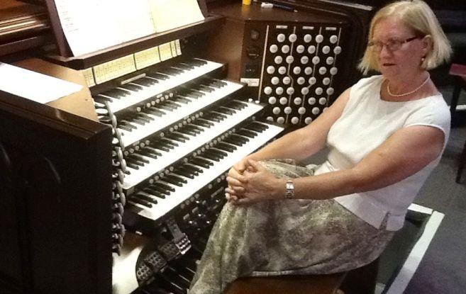 Sabato ad Alessandria un concerto d'organo di Marie Agnès  Grall-Menet.
