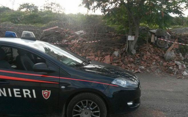 I Carabinieri di Tortona sequestrano una discarica abusiva dove sono stati bruciati rifiuti senza autorizzazione