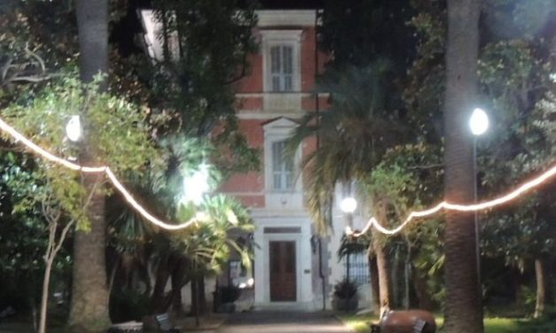 Il Comune di Diano Marina approva l'installazione delle luminarie natalizie per una spesa di 27.450 euro