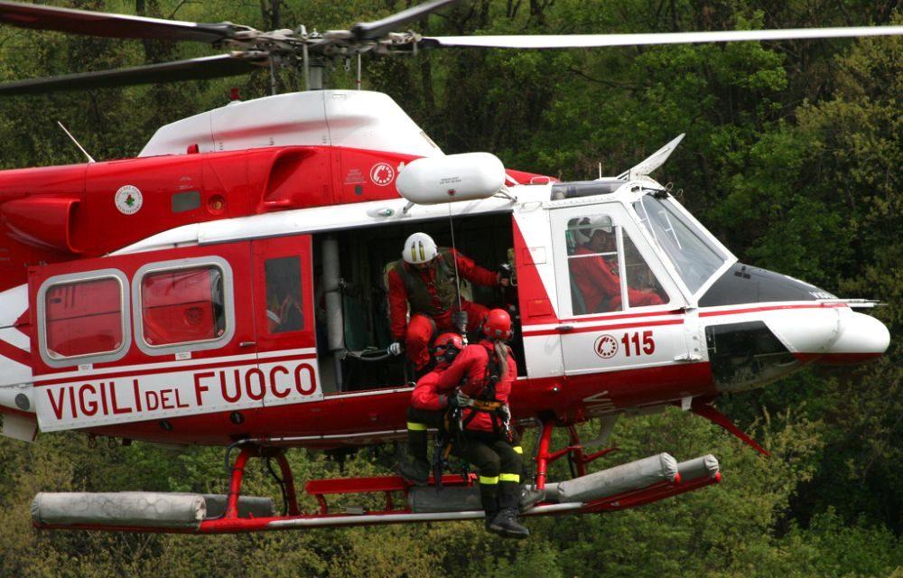 Giovane di 26 anni si perde nei boschi a Caldirola, salvato dai Vigili del fuoco