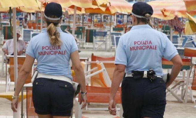 La Regione Liguria approva una mozione della Lega che tutela gli ambulanti regolari balneari