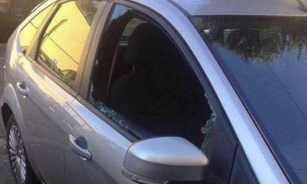 E' un tortonese il ladro seriale che ha danneggiato auto in via Fiamberti e Arzani. Arrestato dai carabinieri